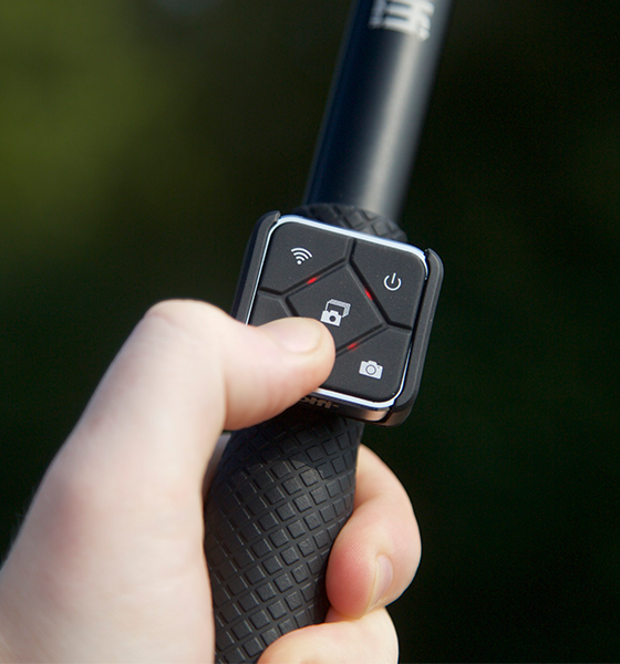 remote-with-selfie-stick12